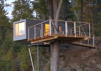 Moderntreehousewithramp_2